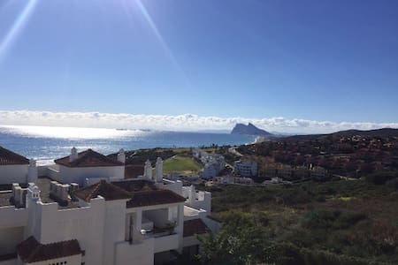 Spectacular,bright  penthouse with beautiful views - San Roque