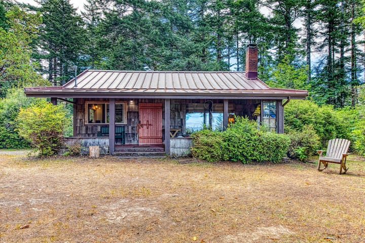 NEW LISTING! Beautifully restored lakefront cabin on five acres!