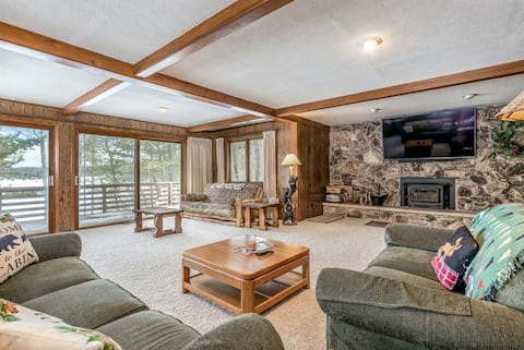 New listing! Secluded lakefront home w/ dock, deck, & firepit - family-friendly!