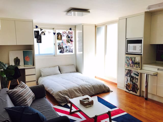 [New open] Feel home at the center of Hongik univ!