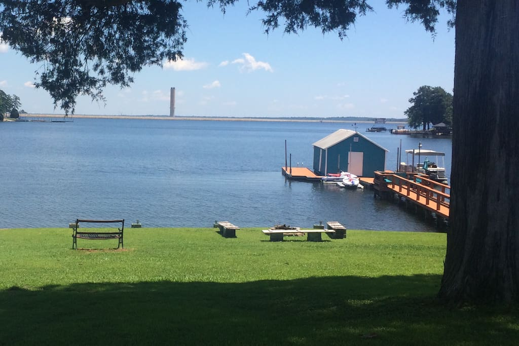 View of the lake and guest dock from the drive