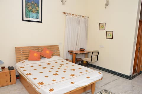 Sandy's Homestay bed and breakfast- Room 4