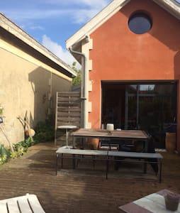 Villa duplex plein centre & plages - Soulac-sur-Mer - Villa