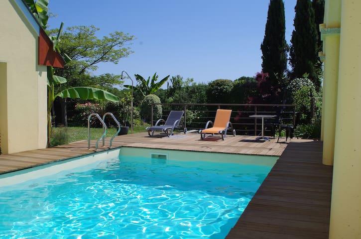 Chambre calme & piscine