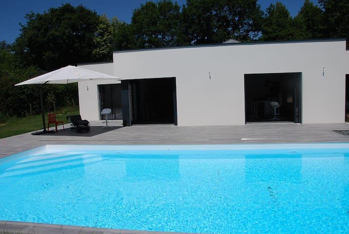 CHAMBRES douche Italienne indépendantes 4 per maxi - Laval - Villa
