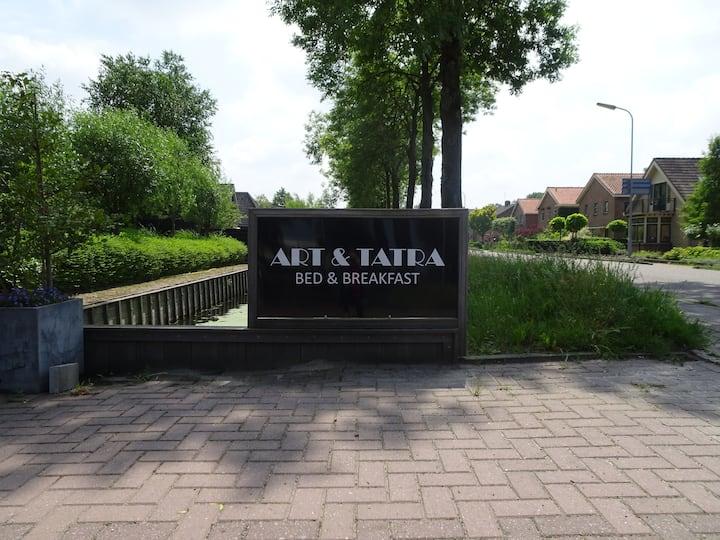 Art & Tatra    (Kunst van Lida en auto's van Cees)