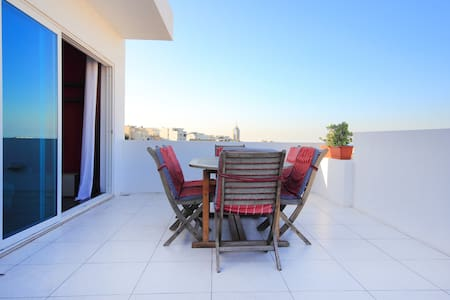 2 Bedroom Penthouse In St Julians with open views. - Saint Julian's - Daire