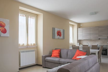 Four-room apartment in Court Elvira - Manerba del Garda