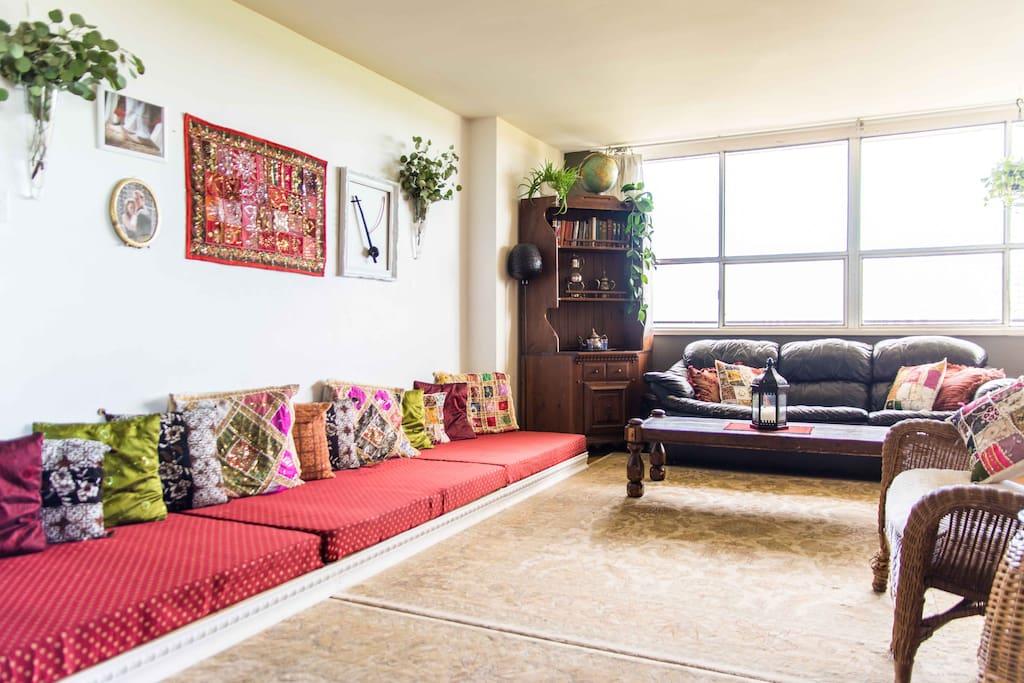 3 bedroom apt subway 2 6 ppl central toronto - 3 bedroom apartments for rent toronto ...