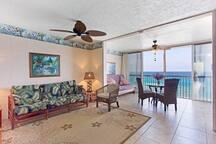 Comfortable with Hawaii Island furnishings.