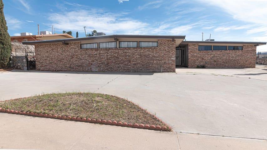 Mesa Hills Guest House