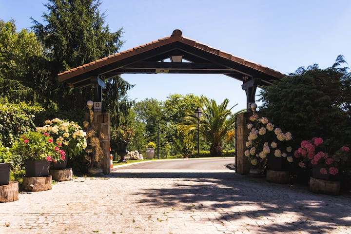 Luxury Villa in Hondarribia