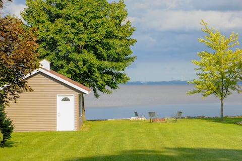Quiet Lake Winnebago Home