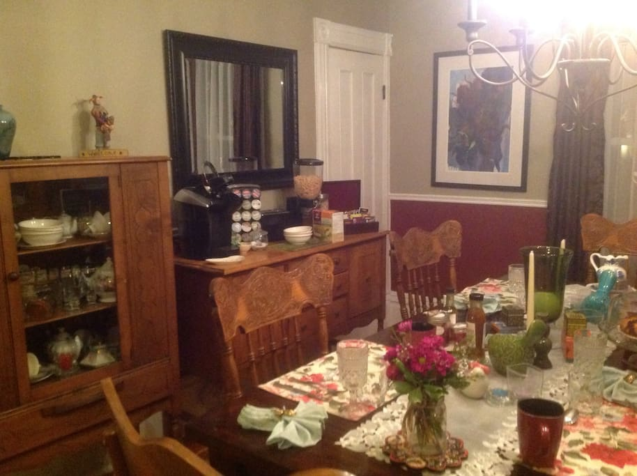 The dining room offers guests many delights, including a keurig machine for both tea and coffee...
