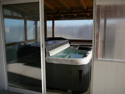 gers house cottage with  spa cabin jacuzzi