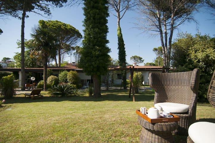 BibioneVillaPark Villa con piscina - Bibione - Villa