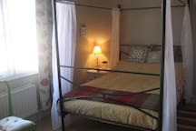 Lovely four poster double bed