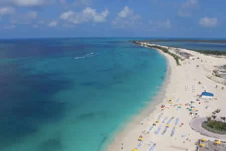 Bimini Paradise 2 Bedroom - Next to Scenic Beach