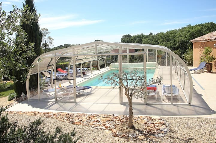 Anduze Logt 6 p - Piscine couverte - Massillargues-Attuech - House