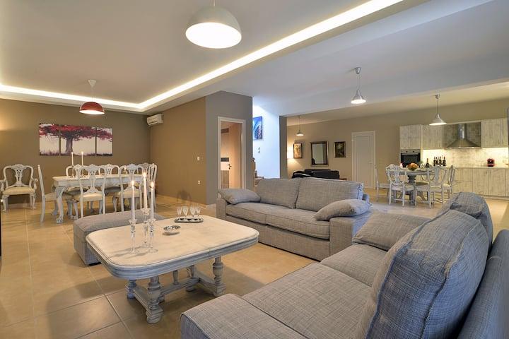 villa gaia gorgeous luxury vintage