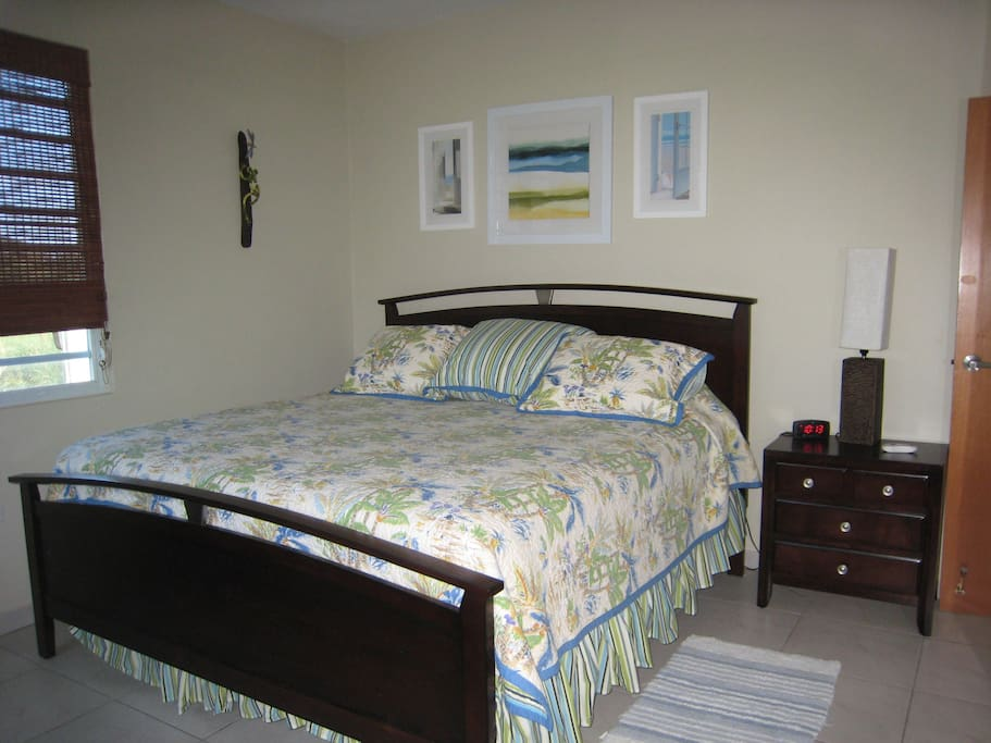King size bed with comfy mattress and A/C.