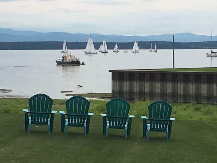 Cozy , clean Adirondack motel on Lake Champlain