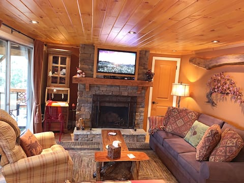 Cozy Condo at Sugar Mountain Ski Resort