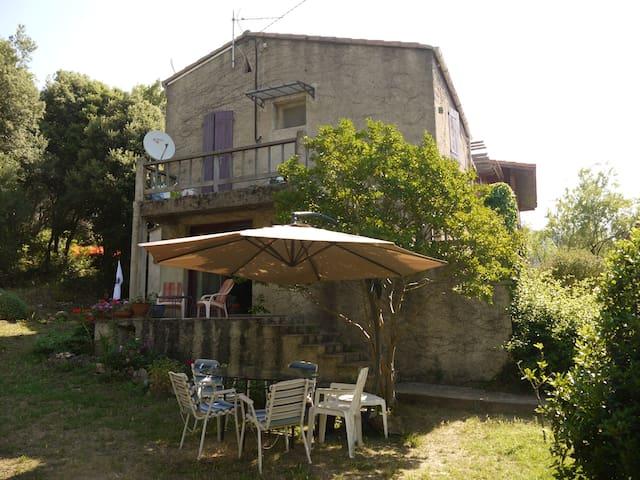 maison calme dans un petit village - Conca - Dům