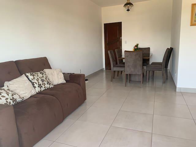 Apartamento confortável em região central
