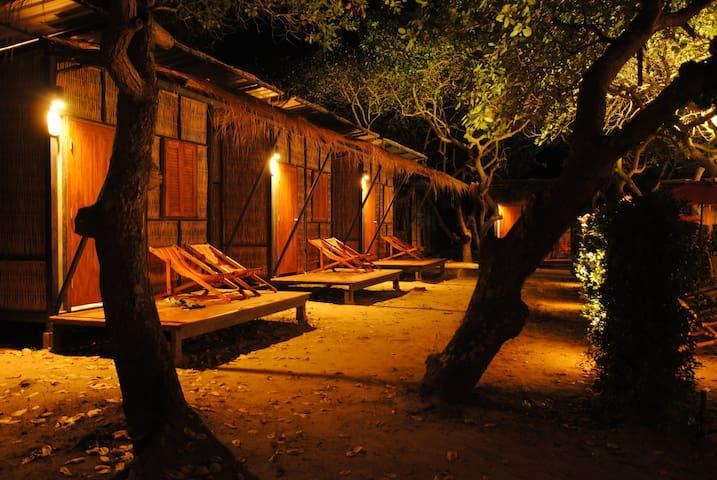 Little Hut - ระนอง - Bungalow