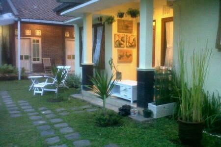 Omah Gendhis Parangtritis Homestay for Family - Yogyakarta