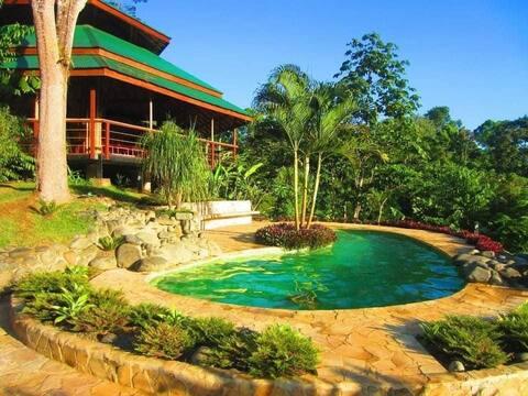MADRESELVA (Jungle Bungalow) comodidad y privacidad