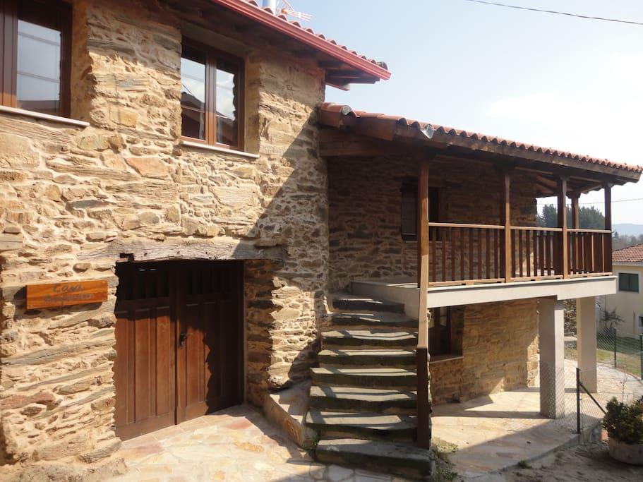 Casa ruperto en la ribeira sacra houses for rent in - Casas rurales de galicia ...