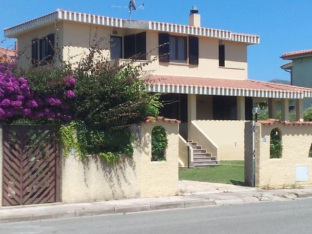 Villa Marilena, doppia twuin - Quartu Sant'Elena - ที่พักพร้อมอาหารเช้า
