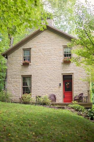 The Partington Spring House