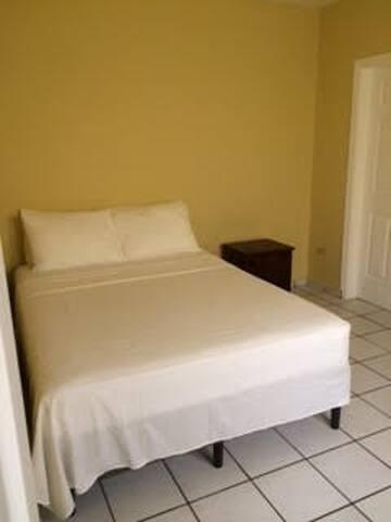 Apartamento en residencial los cedros - San Pedro Sula - Lägenhet