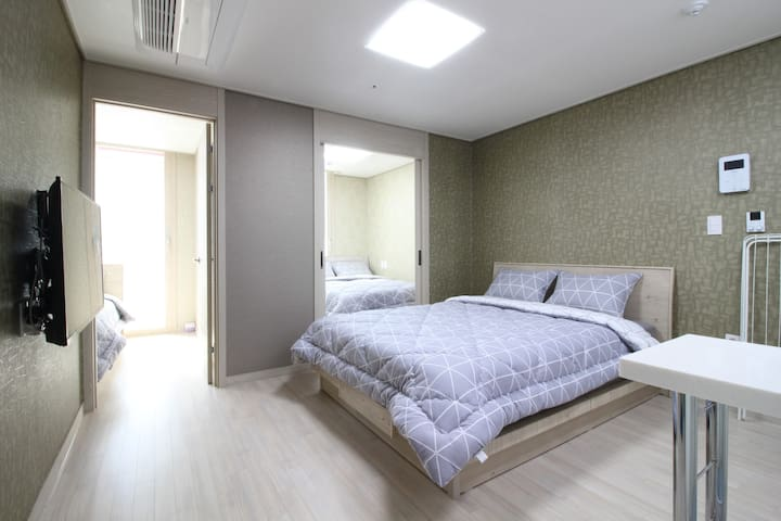 TT2[DFS 100m, Airport 2.4km]3 Queen Beds Residence