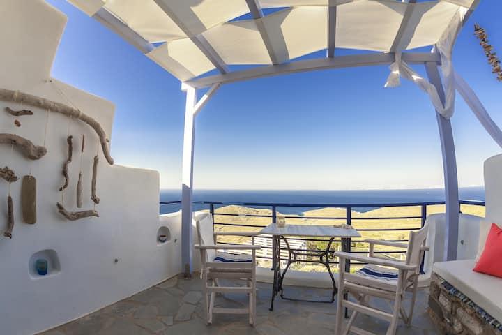 Castria studios in Tinos (Blue)