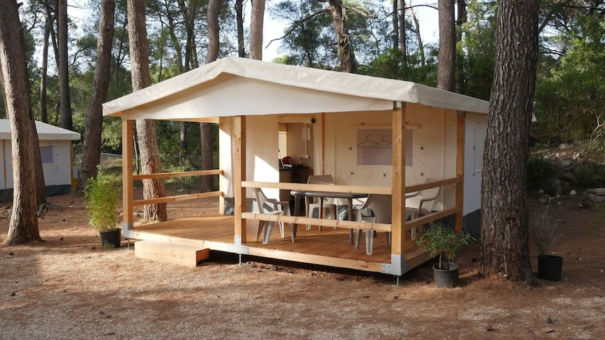 Glamping tents Mali Lošinj Camp Cikat ****