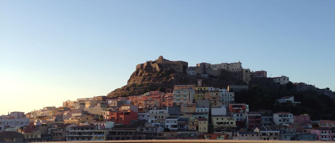 Historical house, roof terrace amazing sea view - Castelsardo - Huis