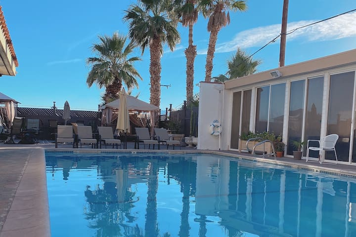 PARADISE HOT SPRINGS AND RESORT UNIT 4