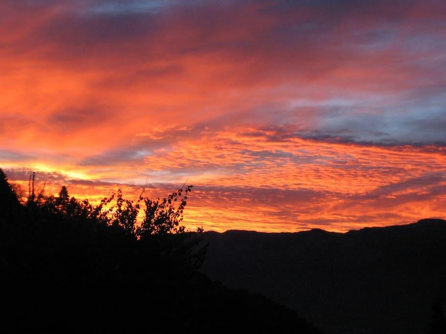 Coucher de soleil sur le massif de Belledonne