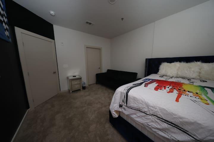 1st bedroom closer view