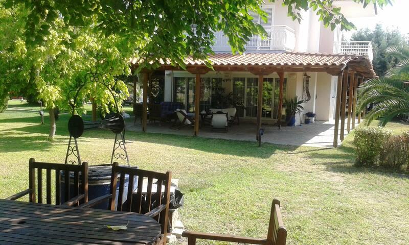 Villa close to the beach.