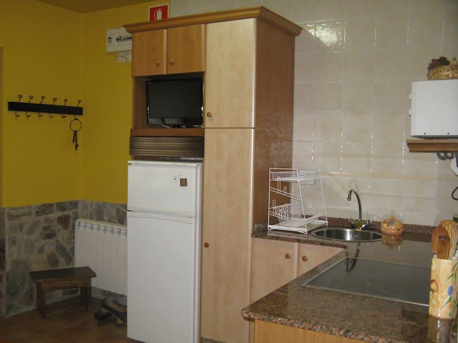 Cocina apartamento 4 plazas (Casa El Caminero)
