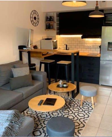 Joli studio tout confort en résidence arborée
