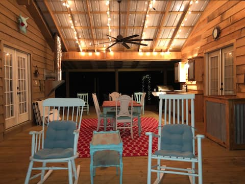 Rustic Respite in the Big Thicket