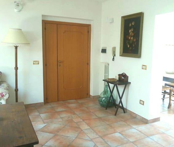 Spazioso appartamento da 100 mq tra mare e monti! - Maltignano - Lägenhet