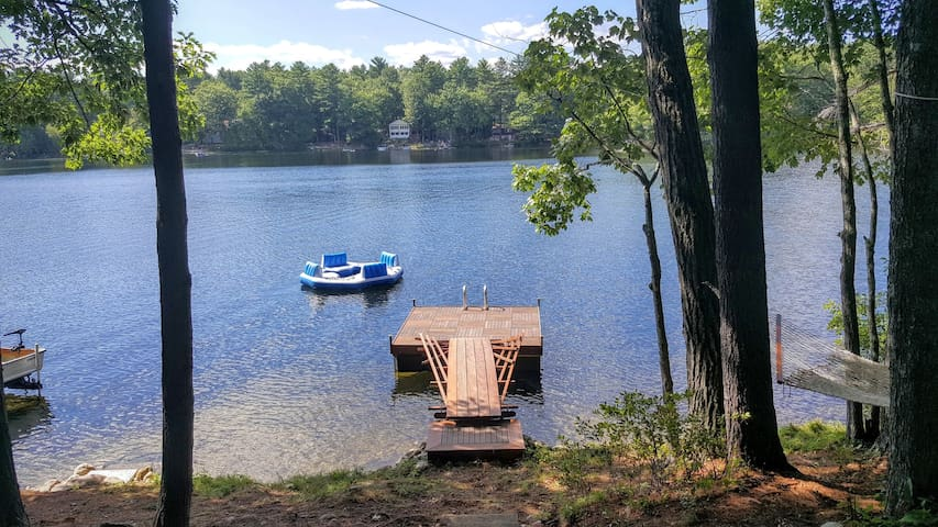 Fabulous vintage lakeside cottage! - Windham - Hus