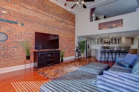Unbeatable location - HUGE 1 Br 1.5 Ba luxury Loft
